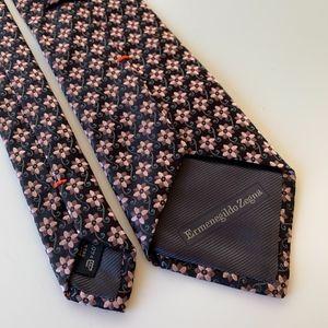 Ermenegildo Zegna Pink Pattern Mens Tie